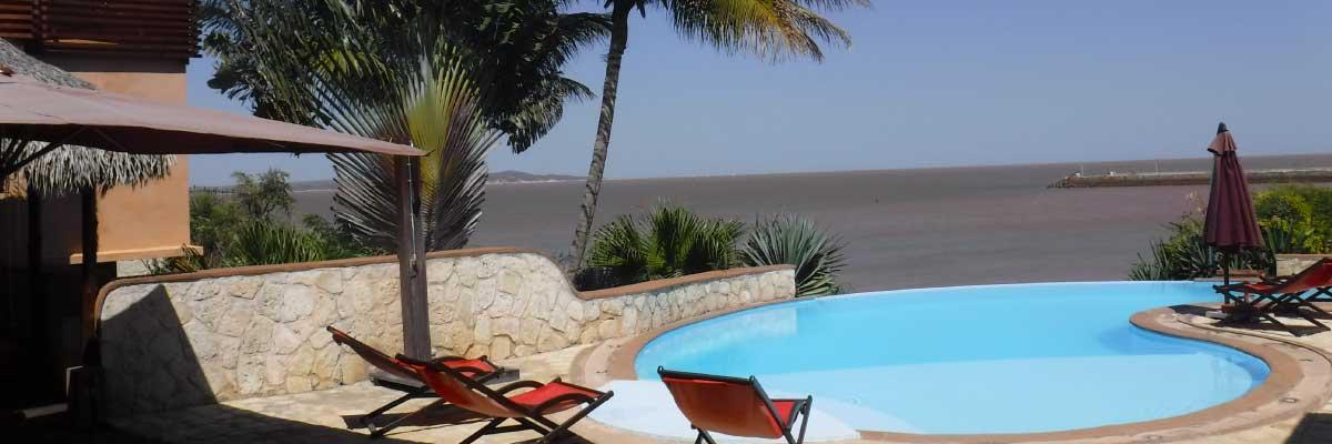 hotel_piscine_mer